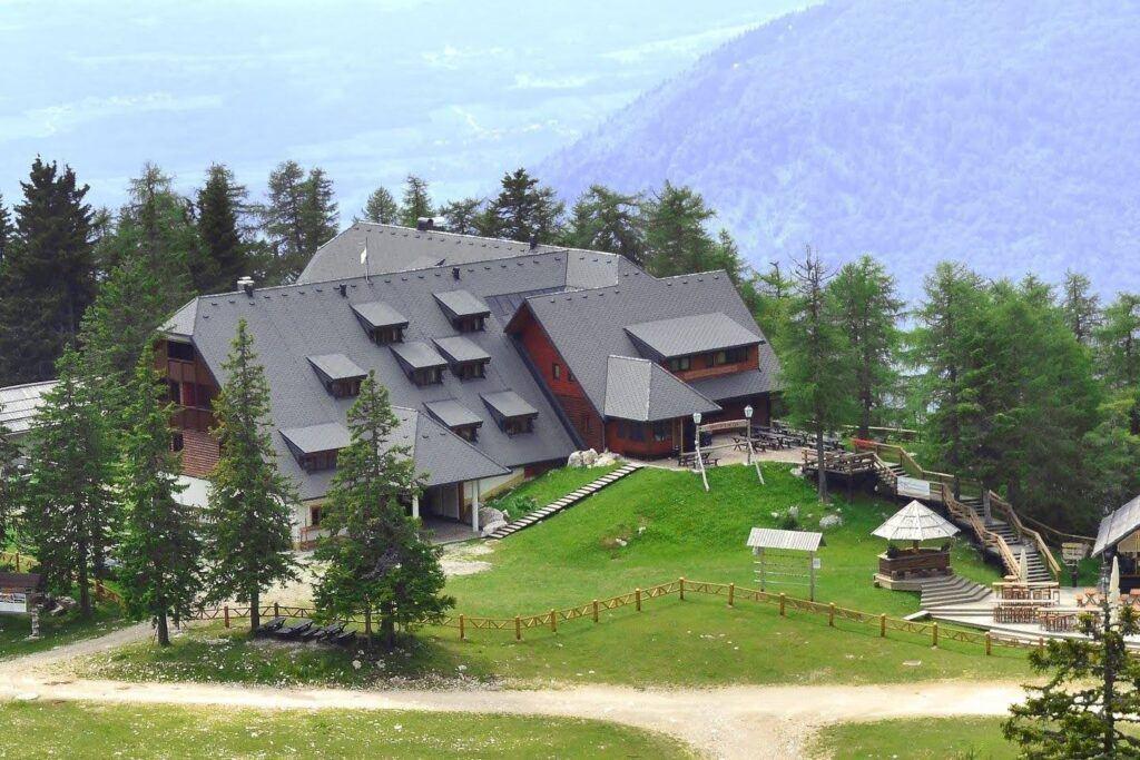 Hotel Krvavec, Slovinsko