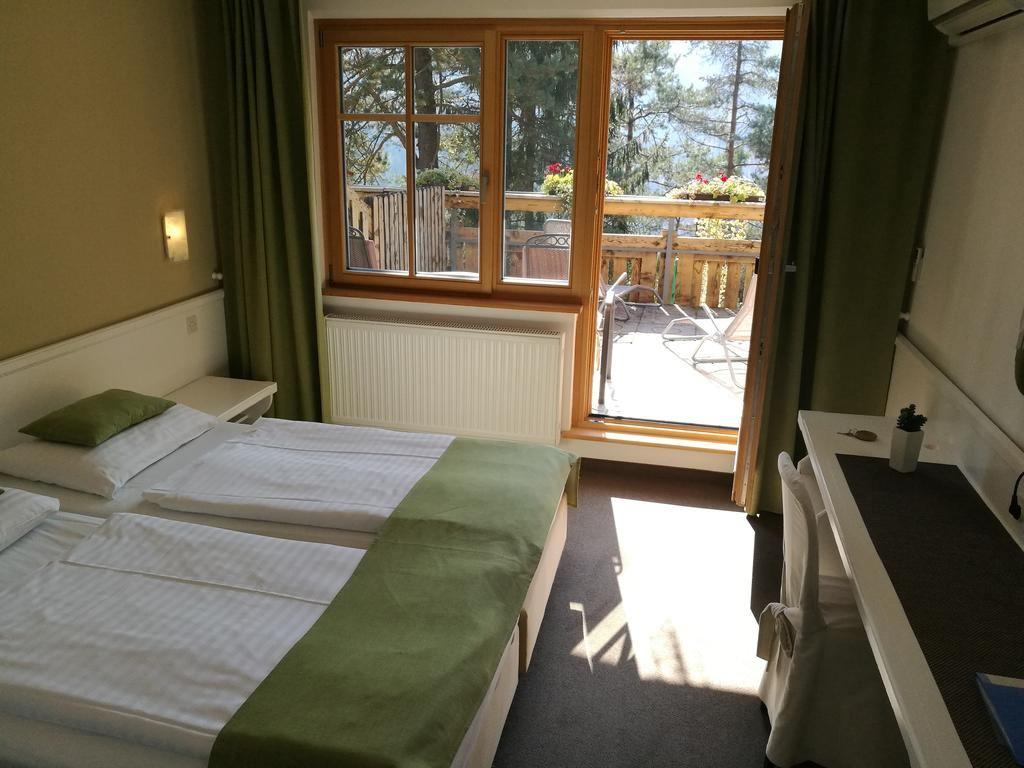 Hotel Ribno, Bled, Slovinsko