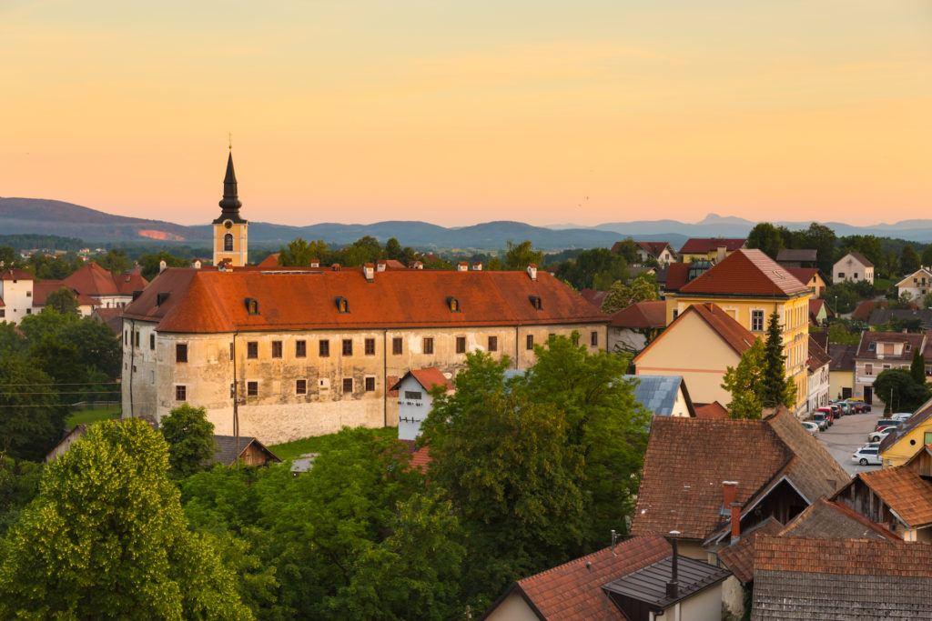 Metlika, Slovinsko