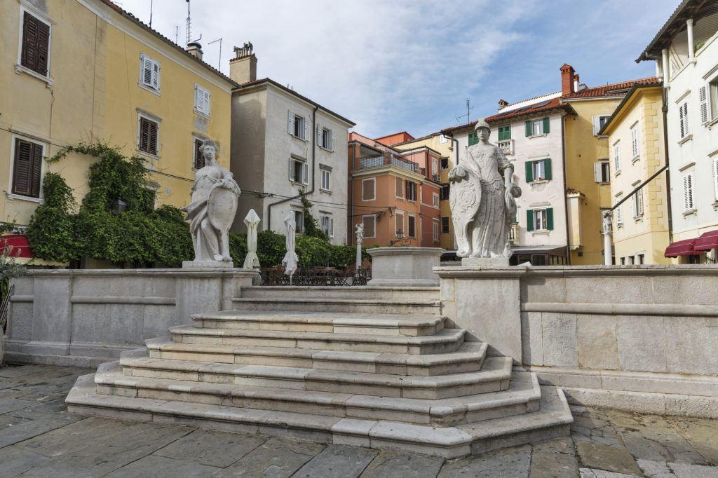 Náměstí 1. máje, Piran, Slovinsko