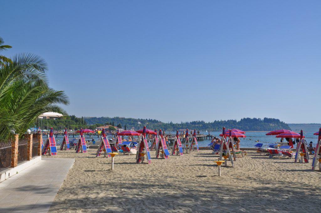Izola, pláž, Slovinsko