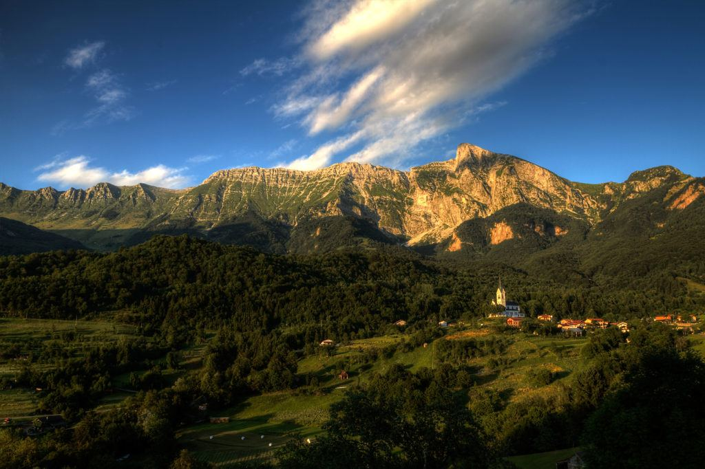Krn, Kobarid, Slovinsko. Foto: Alan Kosmač, Sidarta d.o.o.