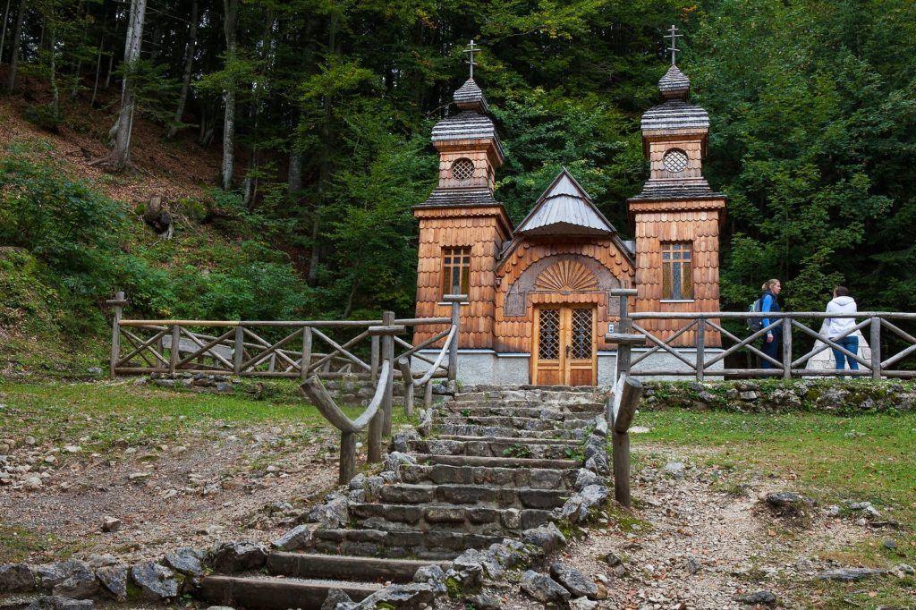 Ruská kaple na Vršiči, Slovinsko. Foto: Boris Pretnar