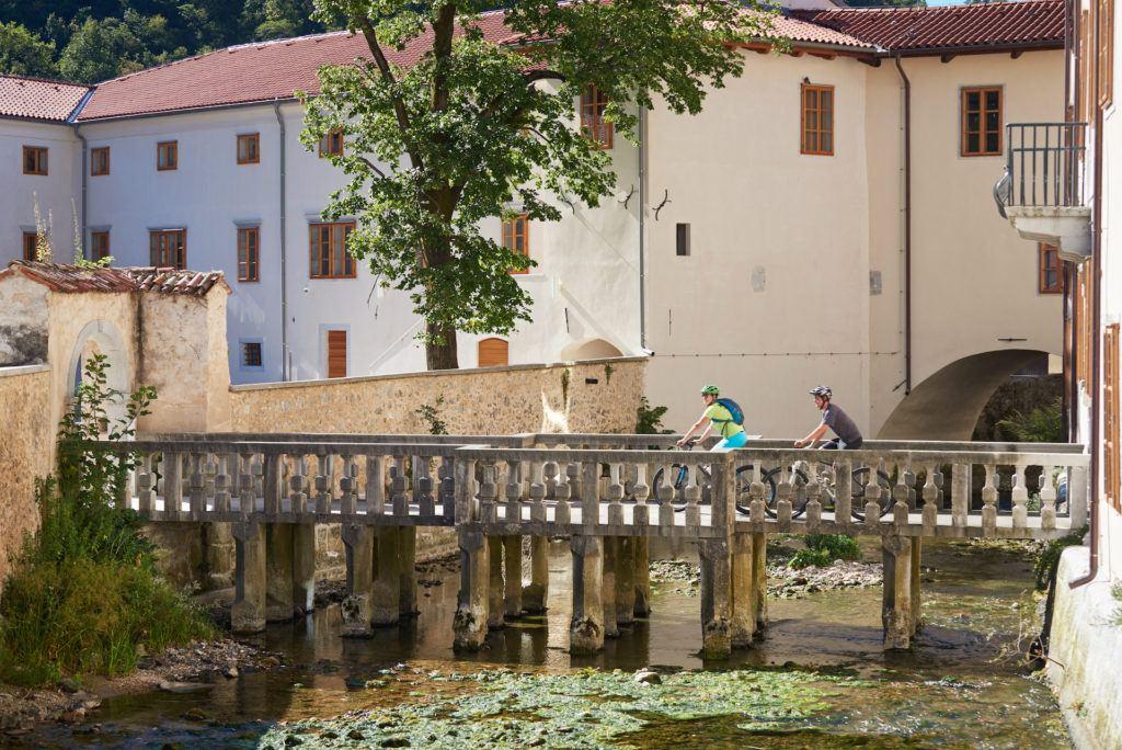 Vipava, Slovinsko. Foto: Tomo Jeseničnik