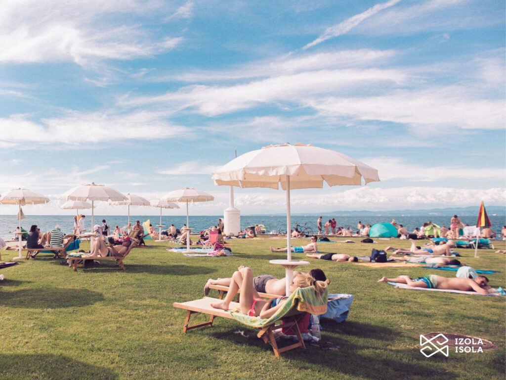 Pláž Svetilnik, Izola, Slovinsko